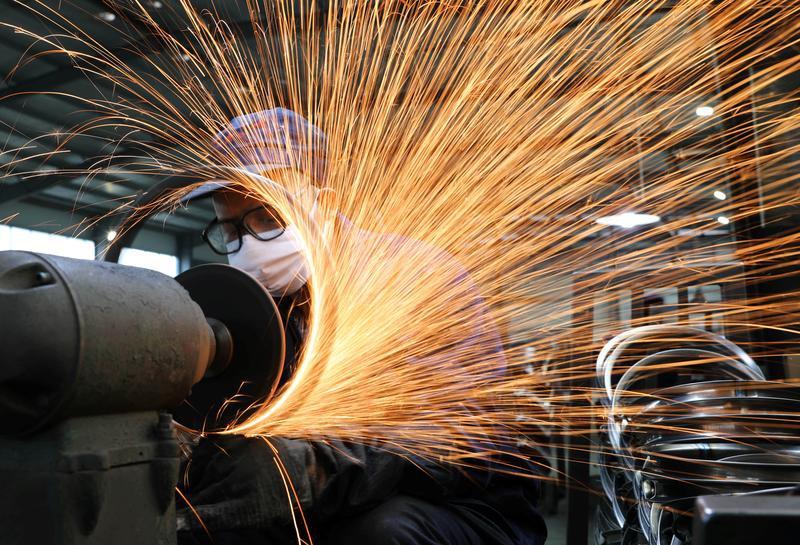 Kinh tế Trung Quốc bị đe dọa vì Covid-19 tái bùng phát